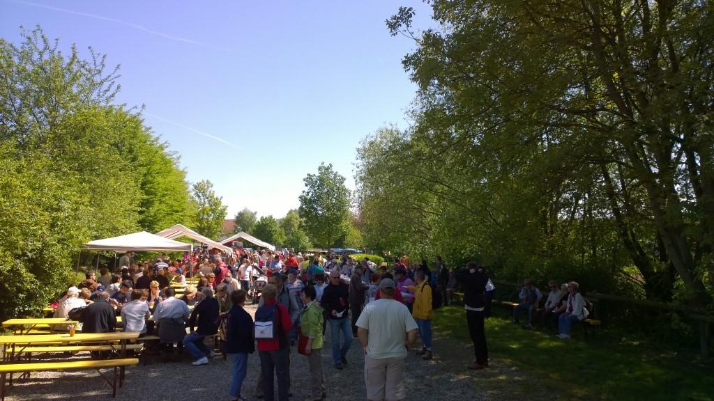 Un stand de la 8ème marche gourmande de l'asperge